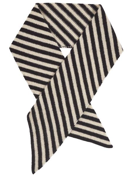 jo_gordon_diagonal_stripe_scarf_black_oatmeal_grande