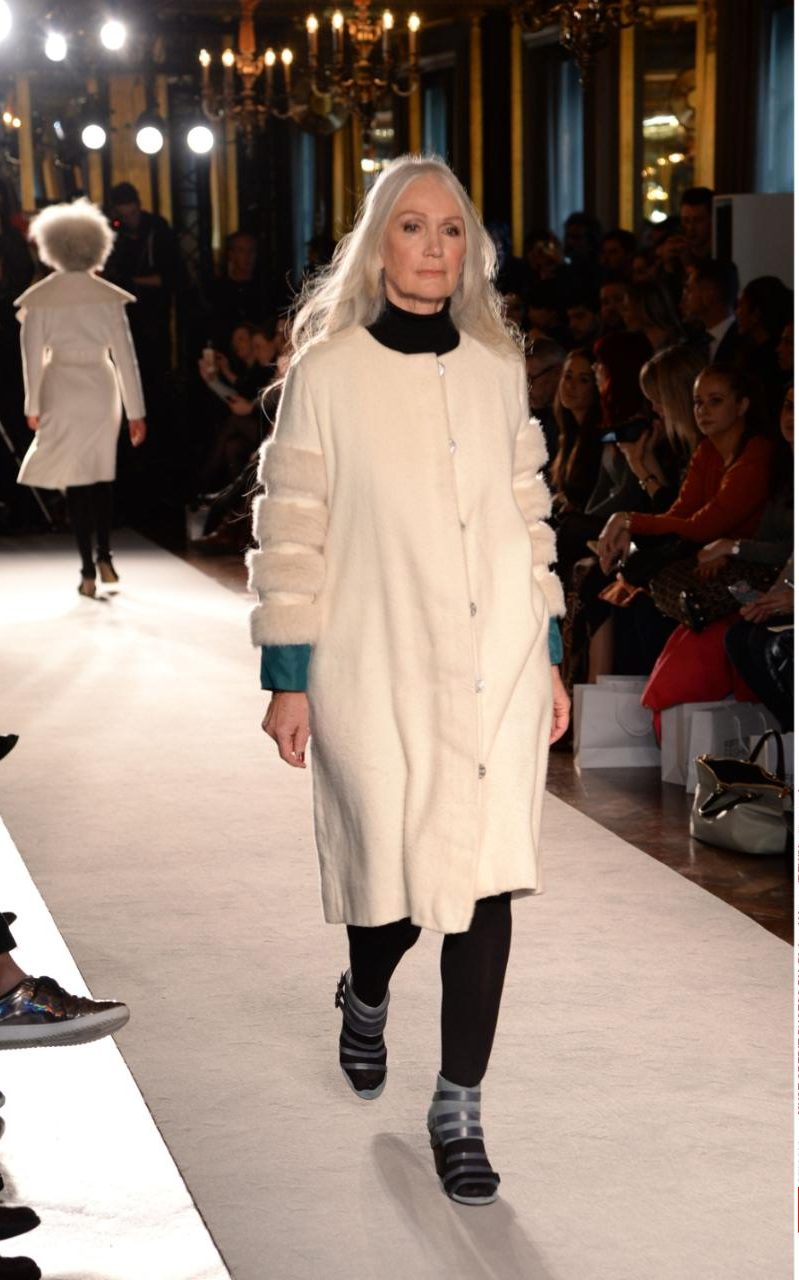 rexfeatures_50plus fashion-xlarge_trans++-vc9zZQdCQbz6zmclXDeAQVMLDHmGmwsQ-jR5z9JeZ0
