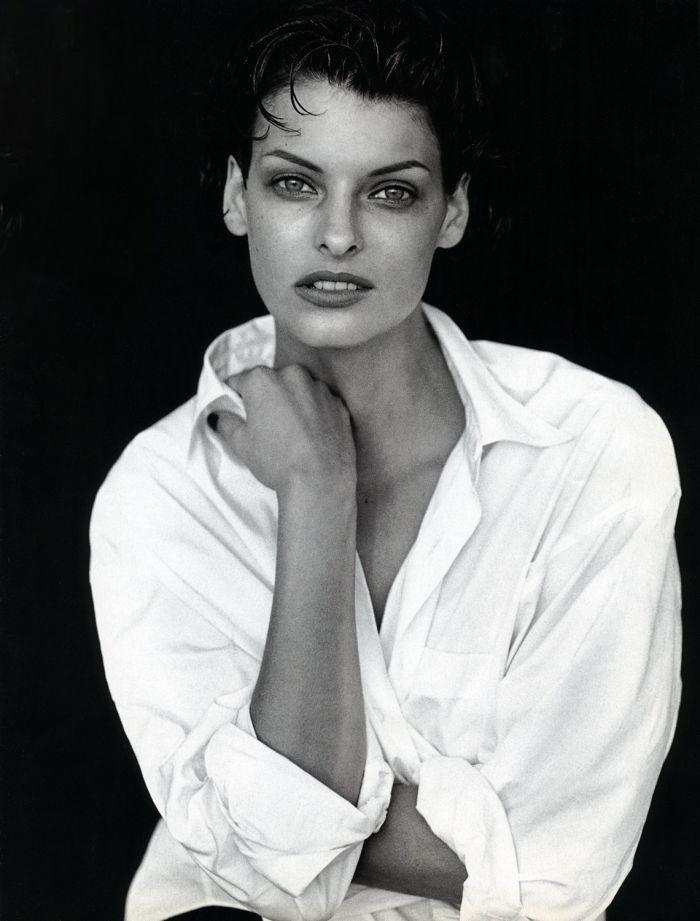 linda-evangelista-peter-lindbergh-vogue-italia-white-shirt