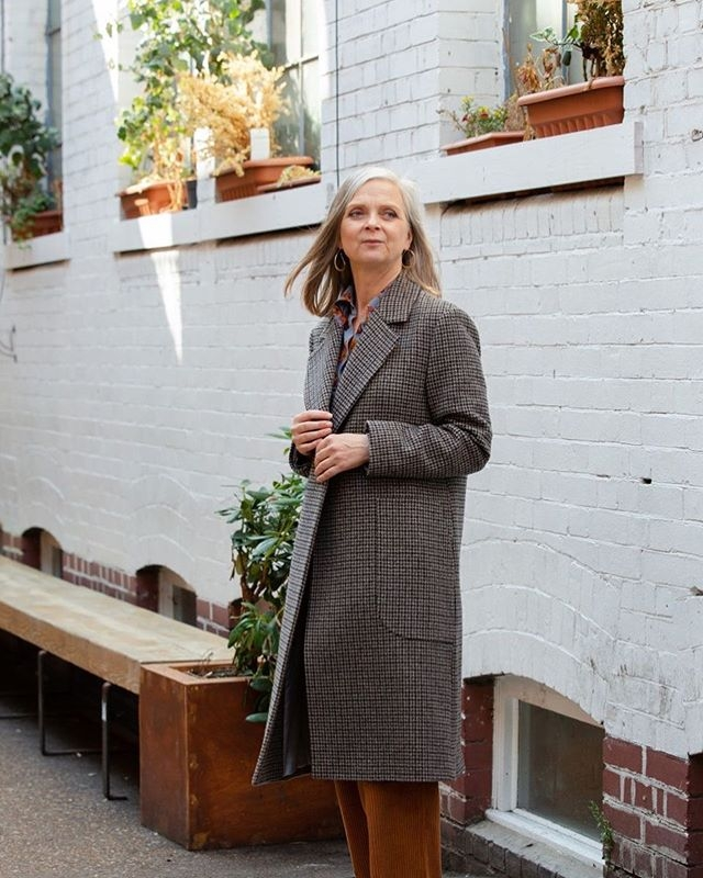 Checking out autumn coats: gentlewoman style