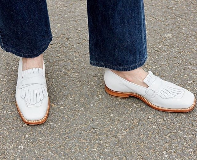 Flat shoes forever! Why I won't stop wearing comfy shoes and sneakers