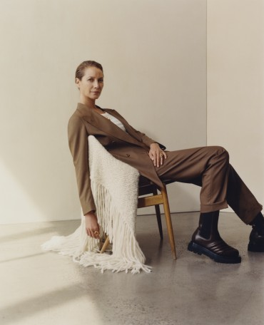 Christy Turlington Burns shows us how to dress like a gentlewoman